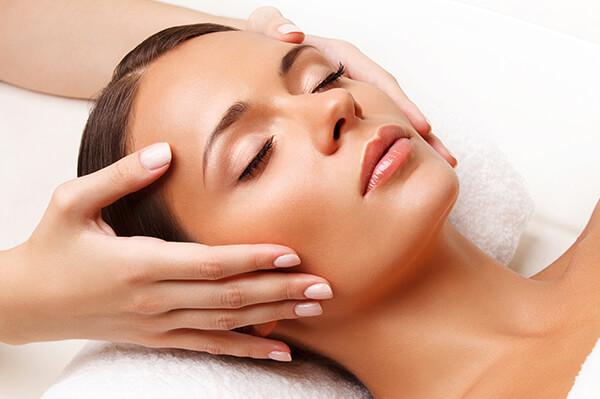 Arckezelés Mosonmagyaróváron - ránctalanító kezelések, arcfiatalító kezelések